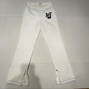 Abercrombie and Fitch White Pants for women's XS